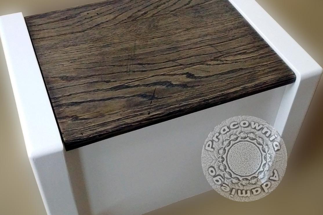 stołek ze schowkiem